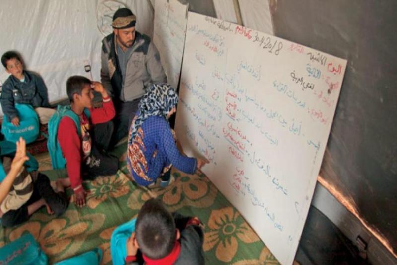 صورة الأمية تهدد جيل الحرب في سوريا