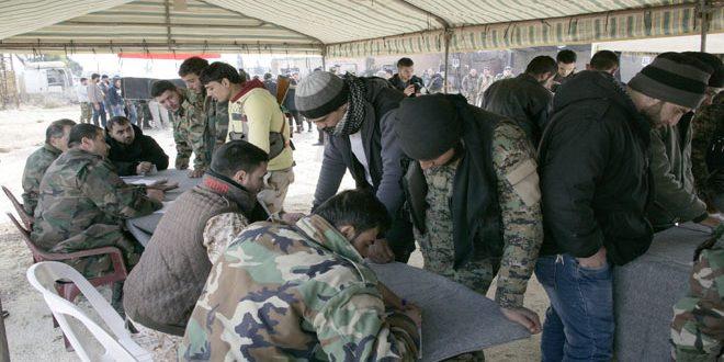 صورة النظام يرفض مصالحة العشرات بريف دمشق..ويلاحقهم