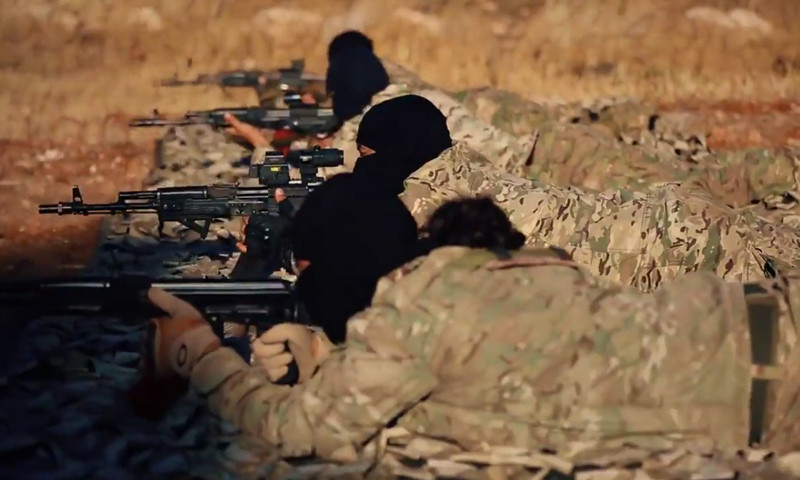 صورة انتحاري لتنظيم الدولة يقتل 6 لتحرير الشام