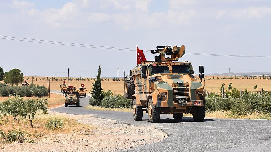 """صورة تسيير دورية تركية أمريكية ثانية بين """"درع الفرات"""" و""""منبج"""""""