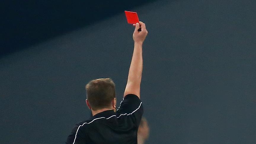 صورة 11 بطاقة حمراء.. البرازيل أخشن منتخبات كأس العالم
