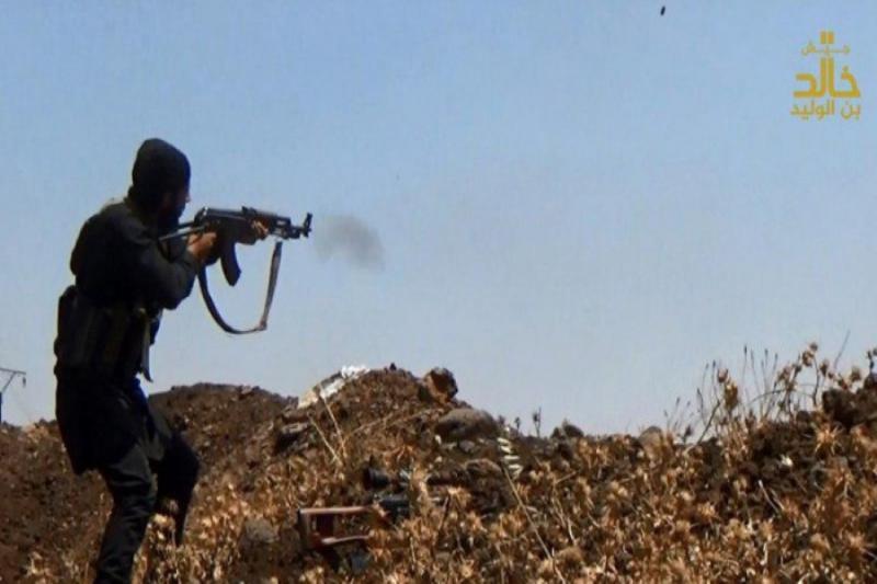 """صورة جيش خالد يسيطر على """"حيط""""..والحر سيخرج بسلاحه الخفيف"""