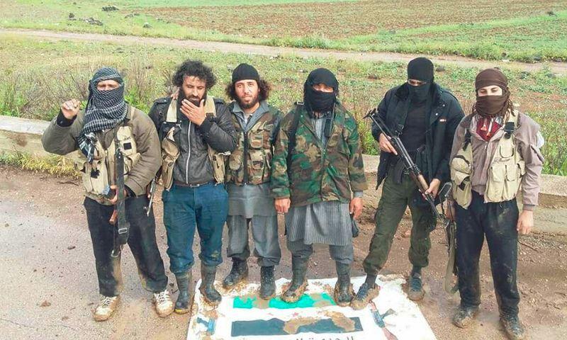 """صورة جيش خالد يهاجم آخر قرية لـ""""الحر"""" على الحدود مع الأردن"""