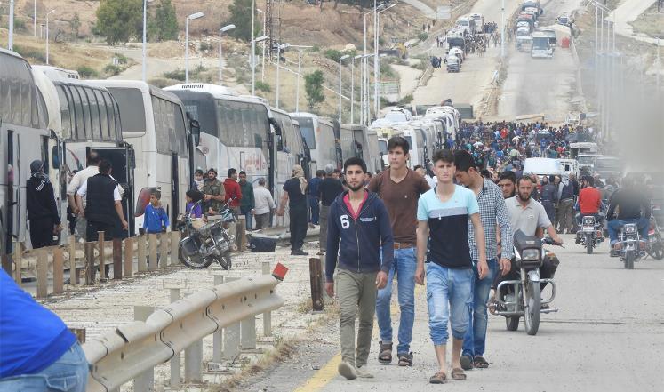 صورة شباب سوريا.. بين مهجر ومعتقل ومجند