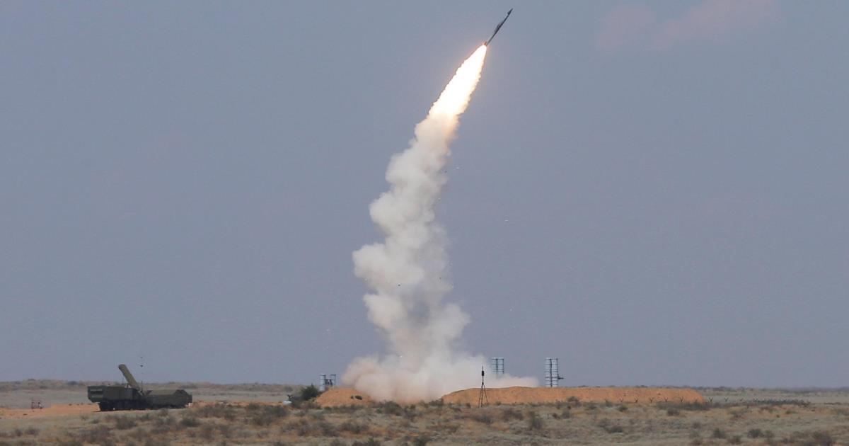 صورة دفاعات روسيا تسقط طائرة فوق حميميم