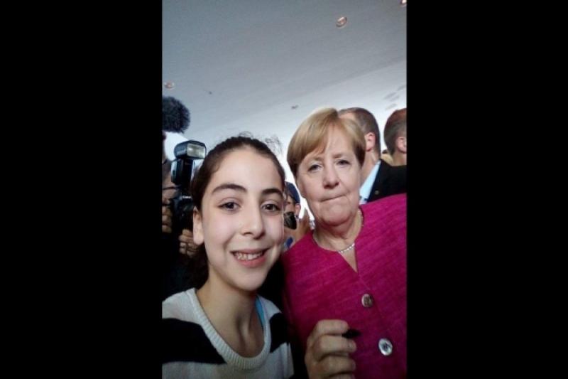 صورة ألمانيا..تالا حمزة- طالبة سورية تحقق المرتبة الأولى دراسياً