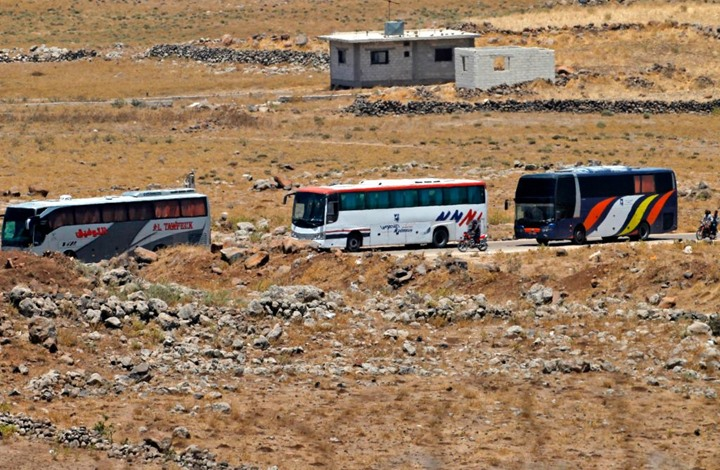 صورة دفعة ثالثة من مهجري القنيطرة تقصد إدلب