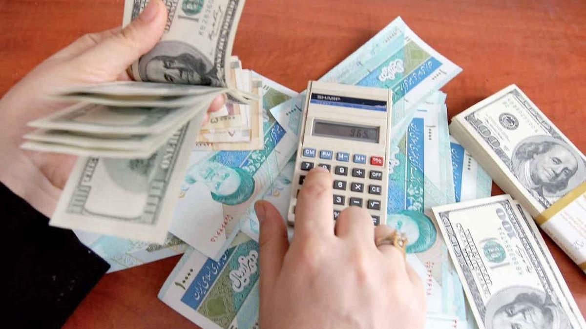 صورة انهيار تاريخي للعملة الإيرانية أمام الدولار