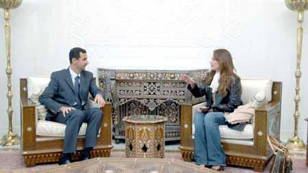 """صورة جوليا بطرس تغضب """"الملايين"""" بتأييدها للأسد وأردنيون يغردون لطردها"""