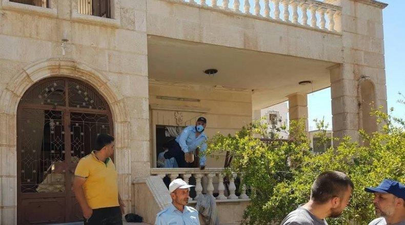 """صورة """"أب"""" يذبح ولده ويقطعه لأشلاء بريف حلب"""