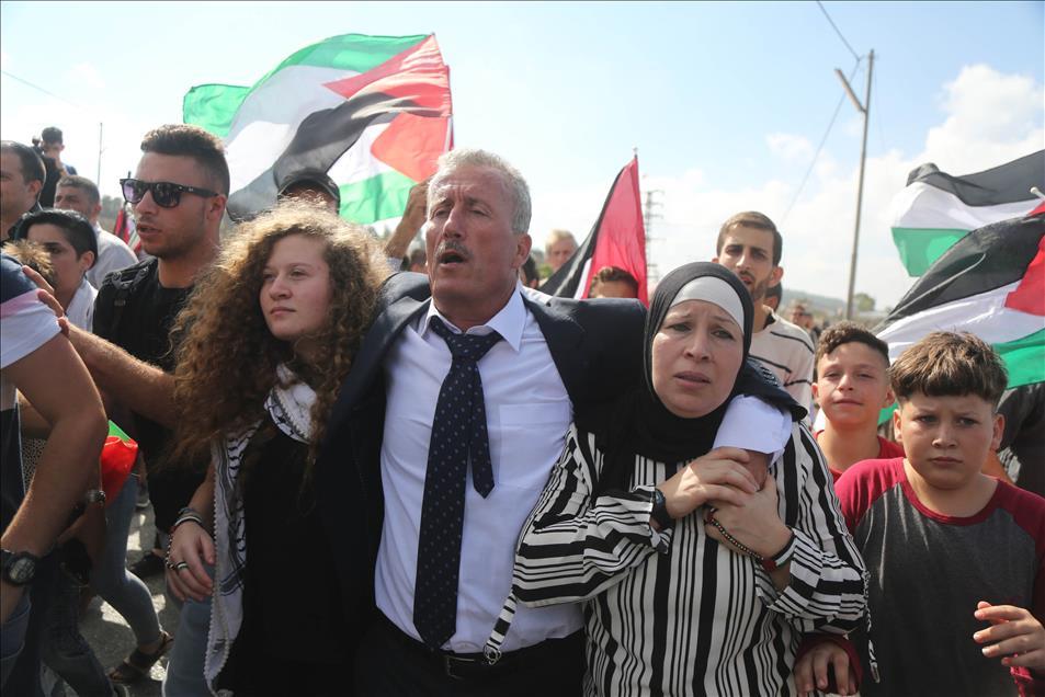 صورة عهد التميمي: مستمرون بمقاومة الاحتلال حتى زواله