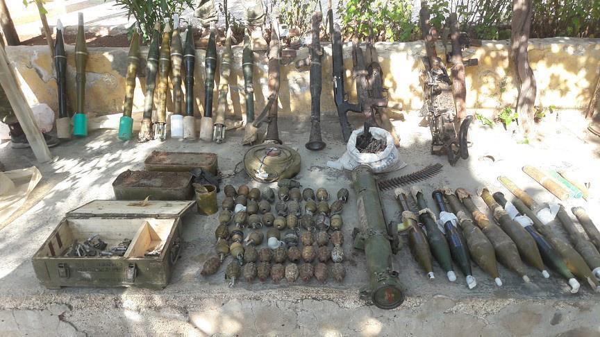 صورة ضبط كميات كبيرة من الأسلحة في عفرين