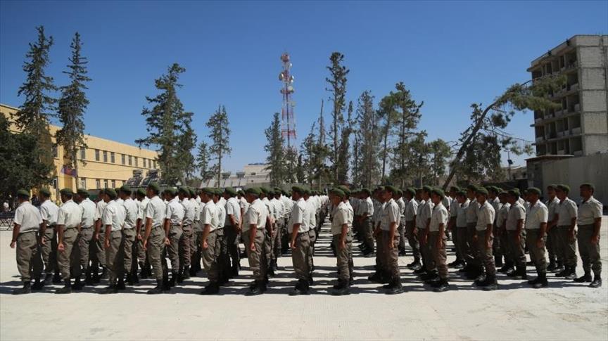 """صورة تخريج 450 شرطيًا جديدًا في """"درع الفرات"""""""