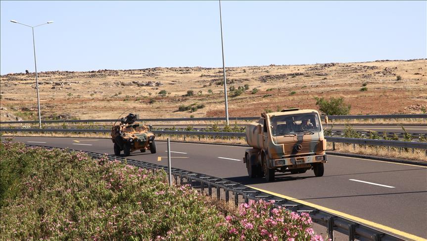 صورة الجيش التركي يرسل تعزيزات للداخل السوري