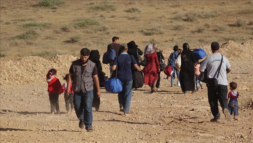 صورة هل تنجح تركيا بتجنيب إدلب مصير درعا؟