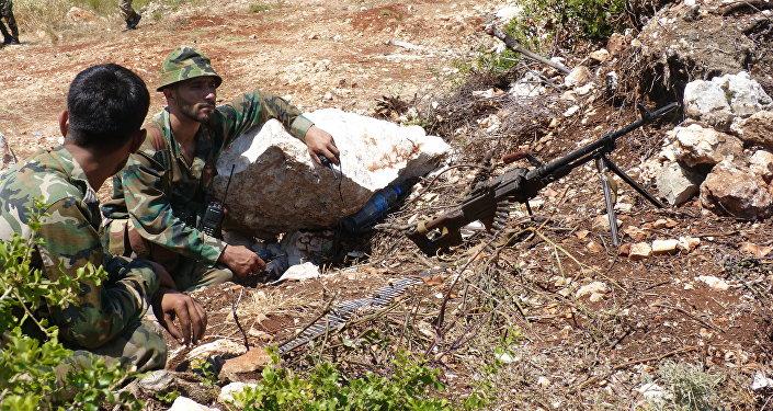 صورة المعارضة تنسف جسرين بحماة لمنع تقدم النظام