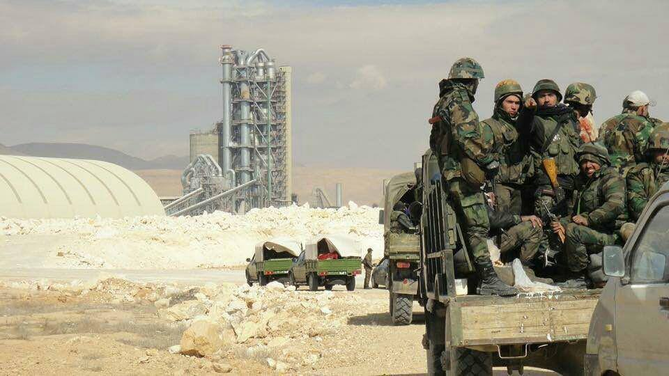 صورة اعتقال 20 شاباً من بلدة واحدة بغوطة دمشق