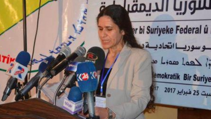 صورة إلهام أحمد: التقيت الأسد وقواتنا قد تكون جزء من جيشه