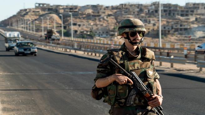 صورة الأسد يدرس مشروع البديل المالي عن التجنيد
