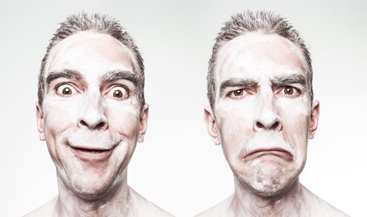 صورة لماذا يزداد الثراء ولا تزداد السعادة؟