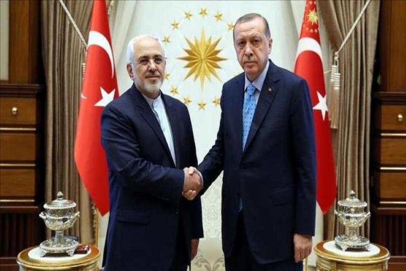 صورة وزير الخارجية الإيراني يصل أنقرة بزيارة غير معلنة