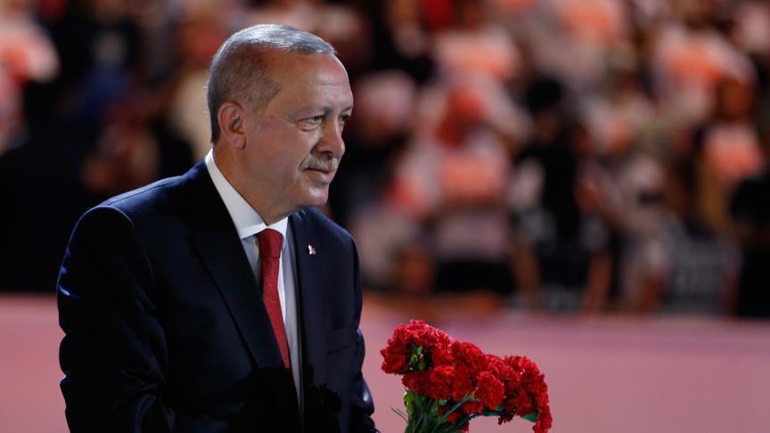صورة أردوغان: من يهاجم اقتصادنا وصوت آذاننا وعلمنا سواء عندنا