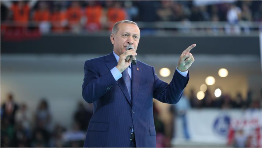 صورة أردوغان: سنجمد ممتلكات وزيري العدل والداخلية الأمريكيين بتركيا