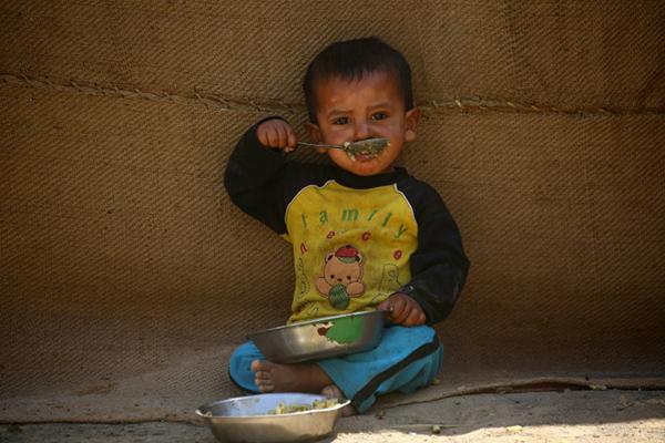 صورة حماة.. 342 عائلة نازحة بحاجة ماسة للمياه والخبز