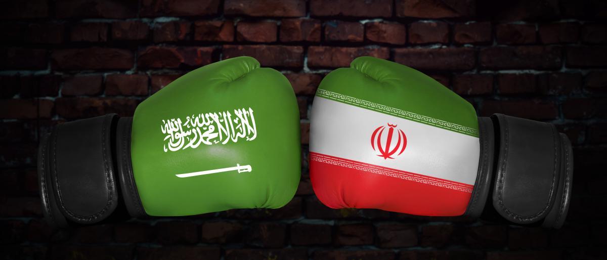 صورة هل تشتعل الحرب داخل السعودية وإيران؟