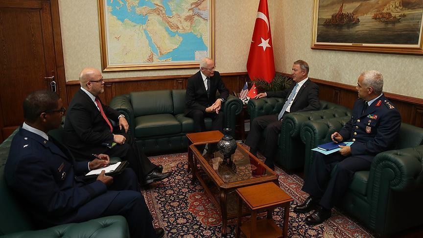 صورة الدفاع التركي يستقبل الممثل الأمريكي الخاص بشأن سوريا
