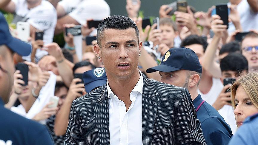 """صورة رئيس ريال مدريد: رونالدو ثاني أفضل لاعب في تاريخ """"الملكي"""""""
