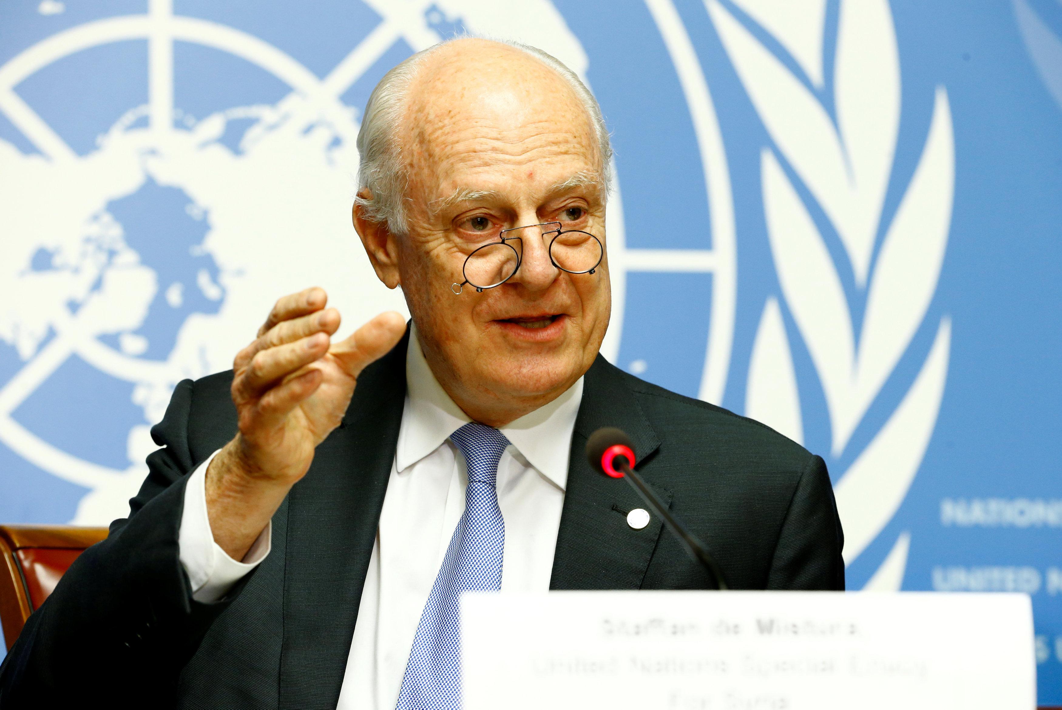 صورة دي مستورا..كومبارس دولي في المذبحة السورية