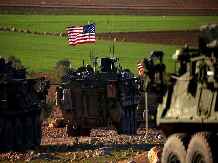 صورة دير الزور.. هجوم واسع لتنظيم الدولة وقوات أمريكية تنسحب