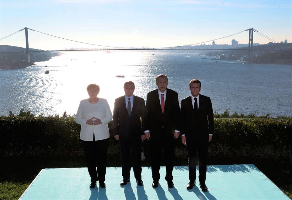 """صورة قصر """"وحيد الدين"""".. لماذا اختاره أردوغان لقعد القمّة الرباعية؟"""