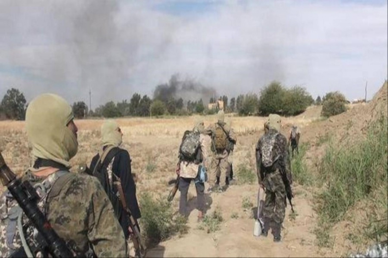 صورة تنظيم الدولة يدمر 48 منزلاً لمدنيين بريف دير الزور