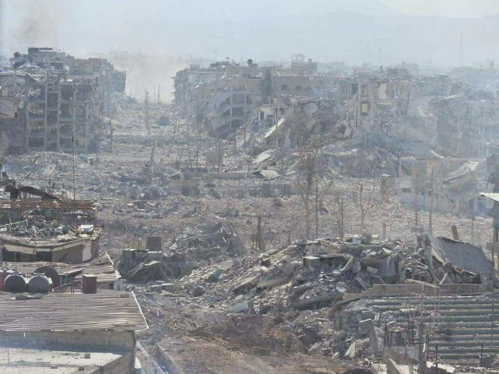صورة أكثر من 200 لاجئ من مخيم اليرموك مغيب بسجون النظام