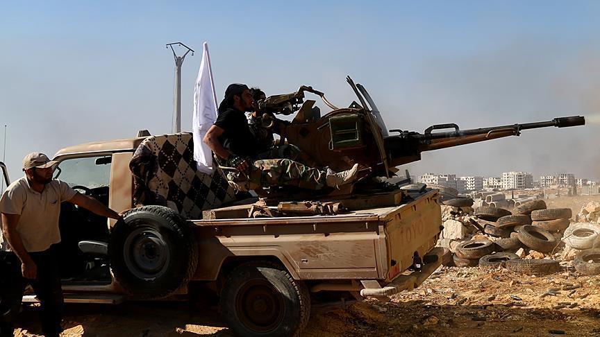 صورة المعارضة تسحب أسلحتها الثقيلة من أطراف إدلب