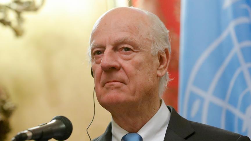 صورة دي مستورا: الأسد يرفض دور الأمم المتحدة باللجنة الدستورية