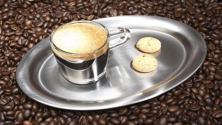 صورة خبراء: فنجان قهوة يوميا يطيل العمر 9 دقائق!