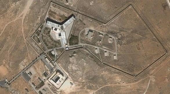 صورة جثث معتقلين سوريين حول سجن صيدنايا