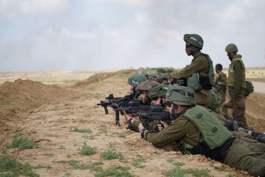 صورة استعدادات إسرائيلية لعملية عسكرية في سوريا