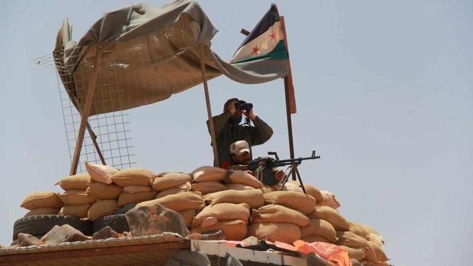 صورة المعارضة السورية تأسر 16 عنصرا من تنظيم الدولة