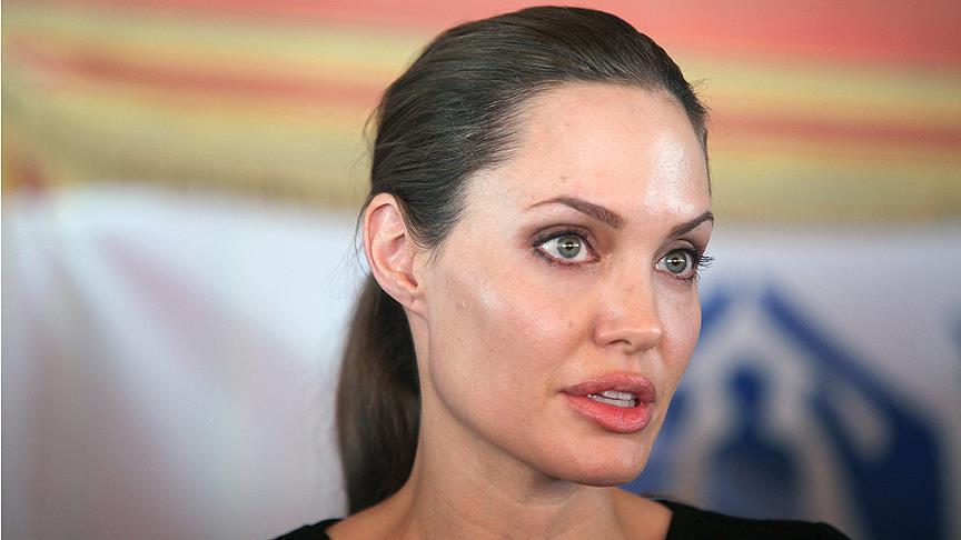 """صورة هل تصبح """"أنجلينا جولي"""" رئيسة الولايات المتحدة الأمريكية؟"""