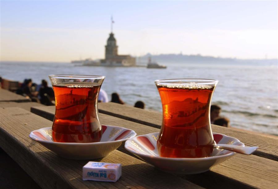 صورة الأتراك..أكثر شعوب العالم شرباً للشاي!