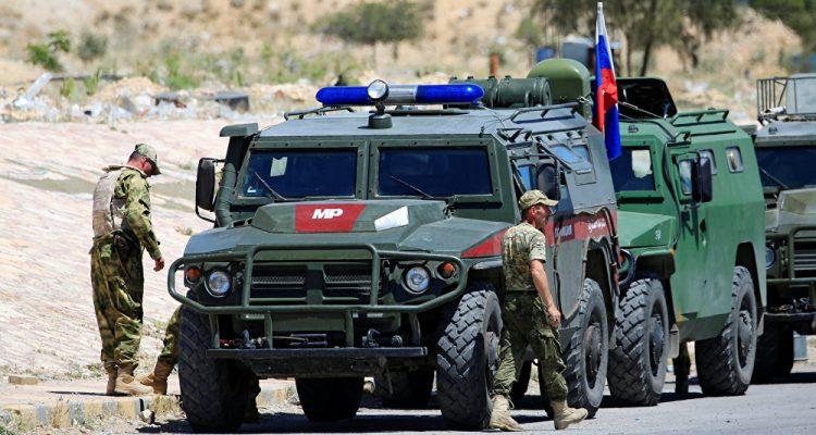 صورة أول دورية لروسيا والنظام على تخوم منبج