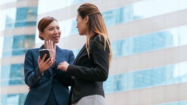 صورة في الصين.. إجازة خاصة للموظفات بهدف البحث عن شريك!