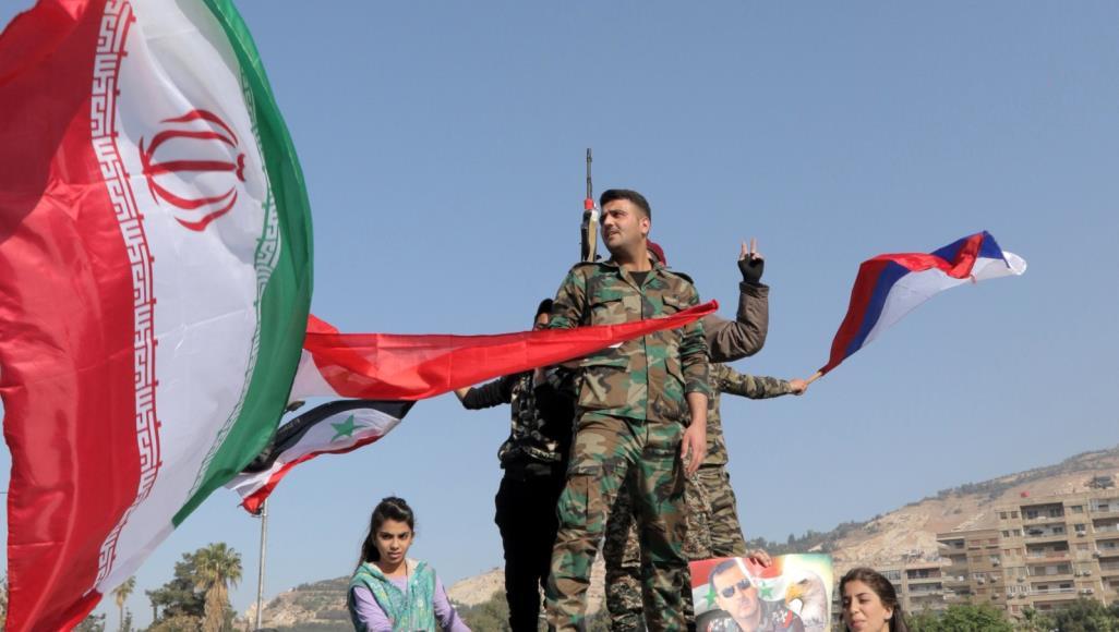 """صورة بشار الأسد: """"الهوية العربية"""" في خطر!"""