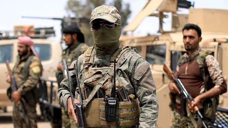 """صورة قوات """"قسد"""" تعتقل عنصرين أمريكيين بريف دير الزور"""