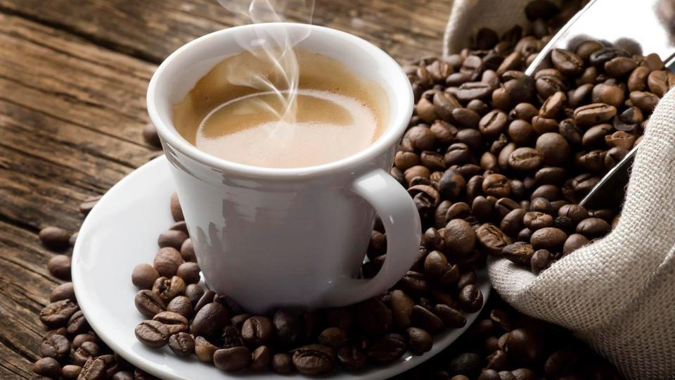 صورة كم أقصى حد من القهوة يمكن شربه دفعة واحدة؟