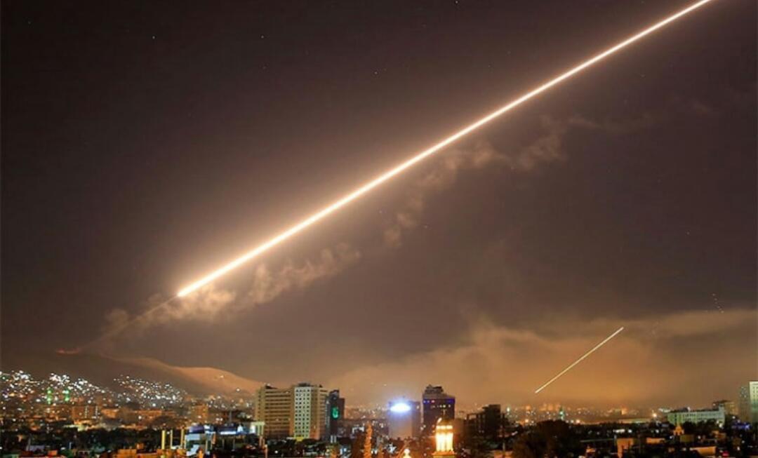 صورة الأسد صامت.. وزارة الدفاع الروسية تحصي خسائر النظام السوري
